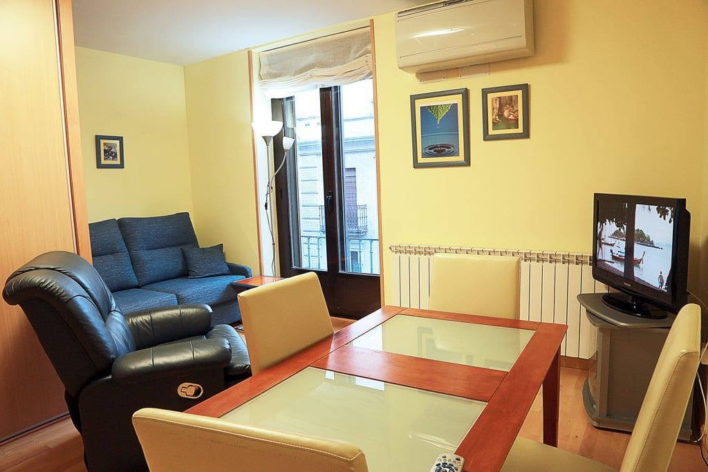 Apartamentos en salamanca 2 appartements louer salamanque castilla y le n espagne - Apartamentos en salamanca ...