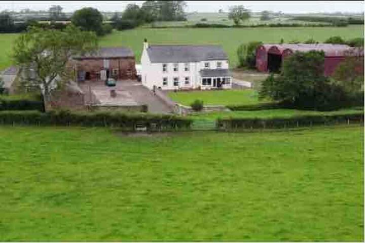 The Loft (Cosy countryside retreat)