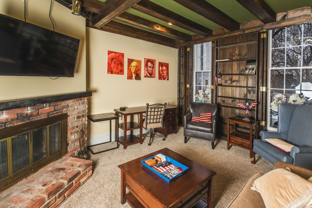 Living Room & Desk area
