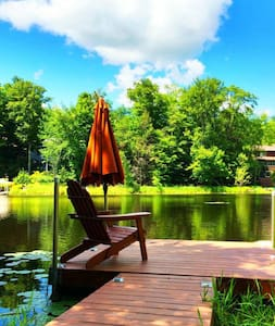 Lakefront Pocono Lodge-Resort Home - Lake Ariel - Hus