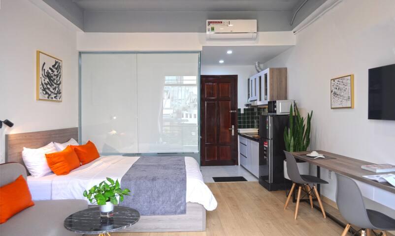 ThreeOaks6 ❤️4A Balcony Cozy Studio in D4 Center❤️