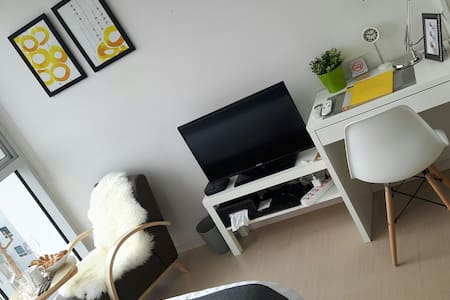 [CHIC01-18F] 5Sec GANGNAM STN *NEW* - Apartment
