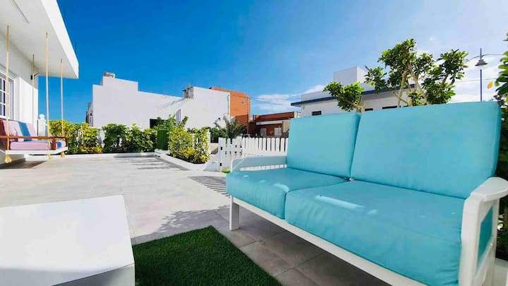 BIG HOME TO RELAX IN TENERIFE SOUTH