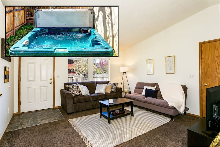 Extremely Clean, Comfy Apt w/ HOT TUB Close to Everything! (8639)