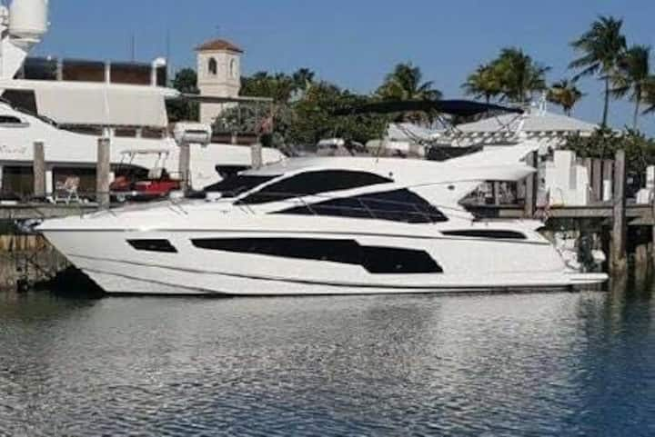 Wonderful Speedboat - Jurerê Insternacional