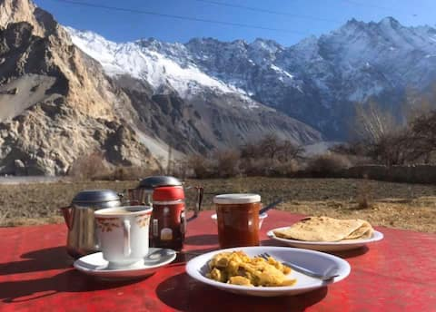 Cathedral View Guest House & Restaurant Passu.
