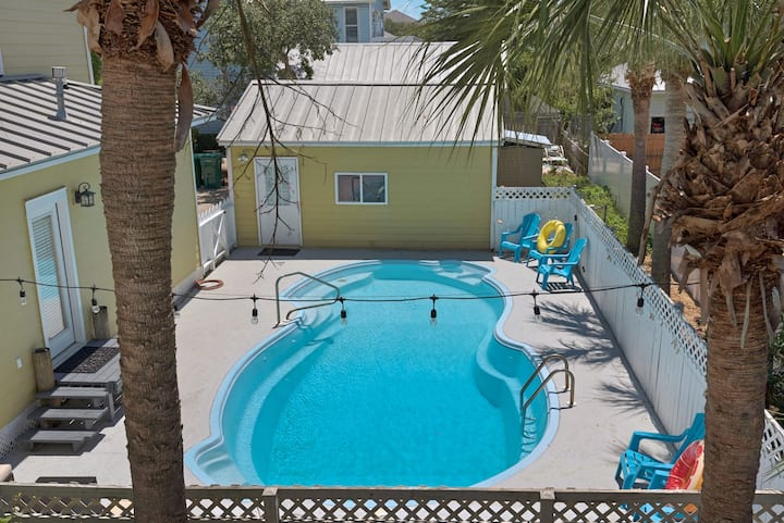 "Heated  XL 9 ""deep pool 2 block to beach Must Rent"