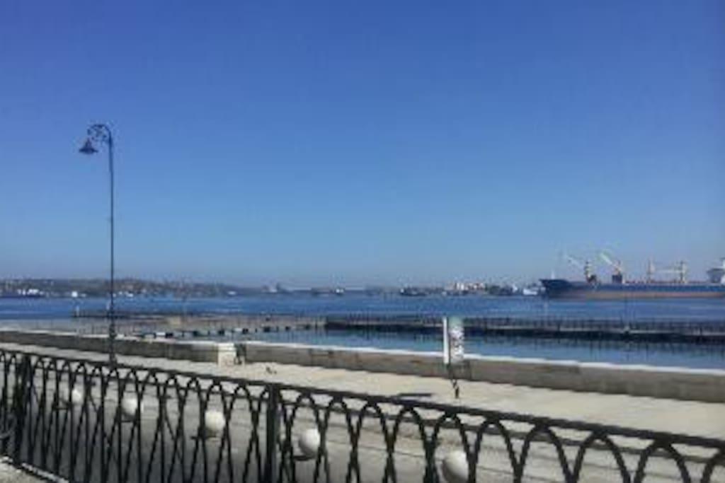 Puerto de la Habana muy cerca de nuestro Hostal