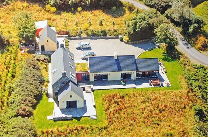Kilcomine House Durrus, Co.Cork - 6 Bed -Sleeps 12 - Durrus - Casa