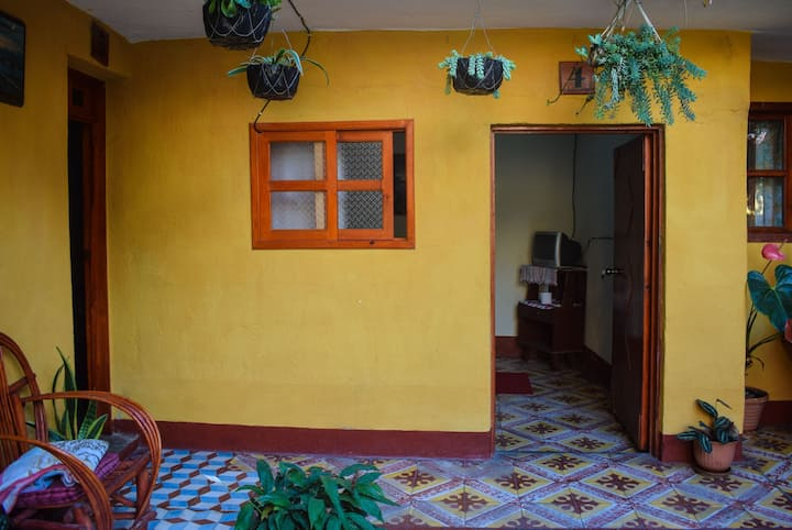 2 minutes from the lake Atitlán