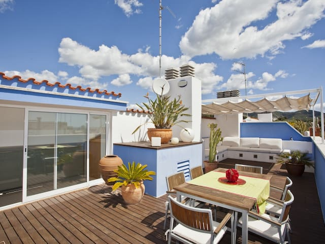 Amazing Sitges Chill out Attic apartment - HUTB-016037