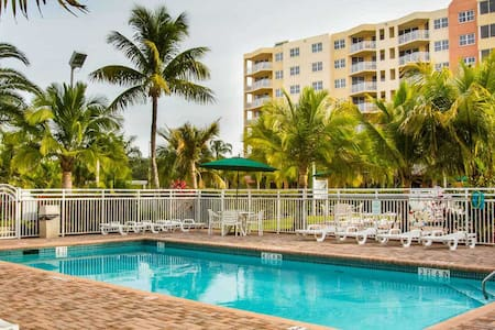 Bonaventura Resort (Sawgrass mall/ Golf course) - Weston - Byt