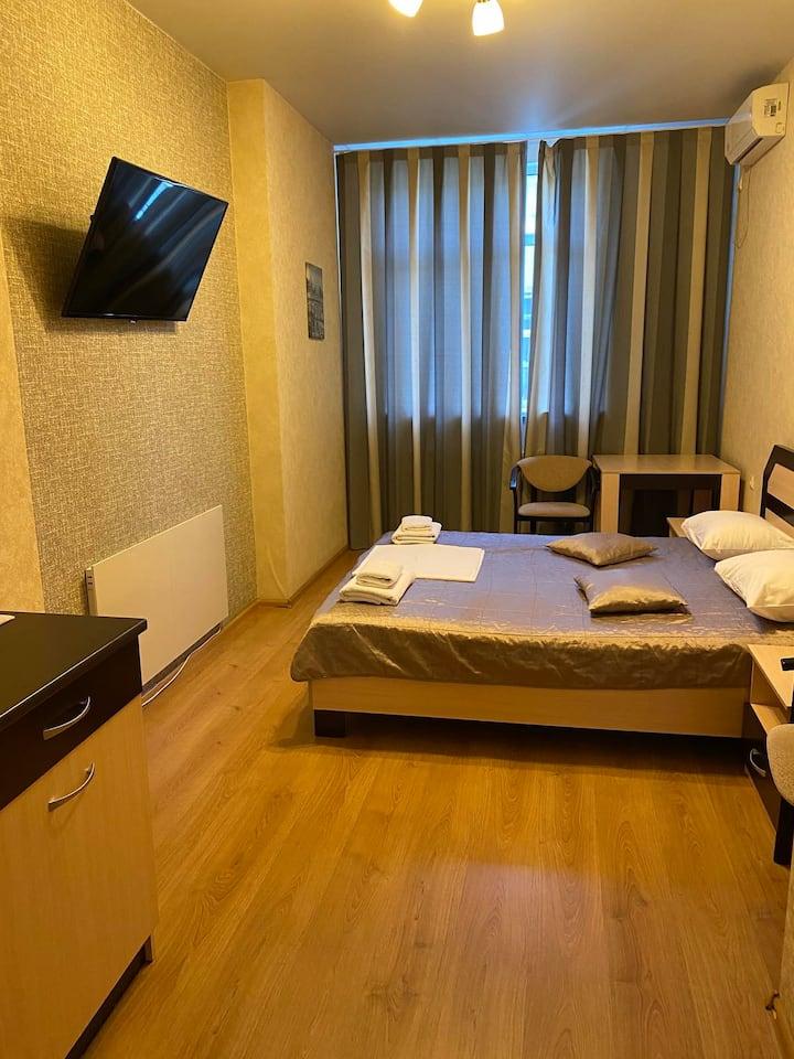 Просторный номер в отеле, длительная аренда