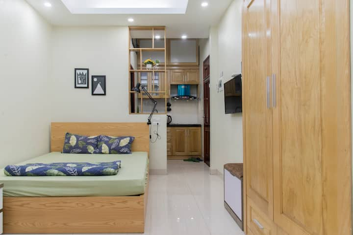 MAI HOME Cozy,new Studio Apt, central Hanoi #204