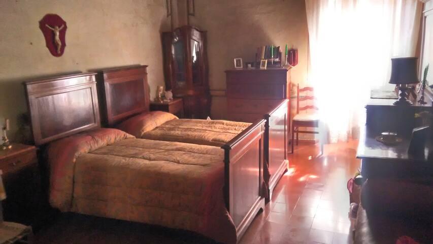 Camera doppia con vista lago di Bolsena.