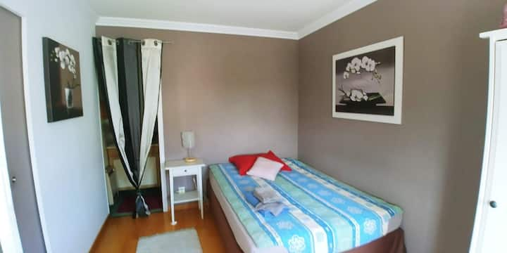 Chambre privée avec SDB, maison Villers lès Nancy