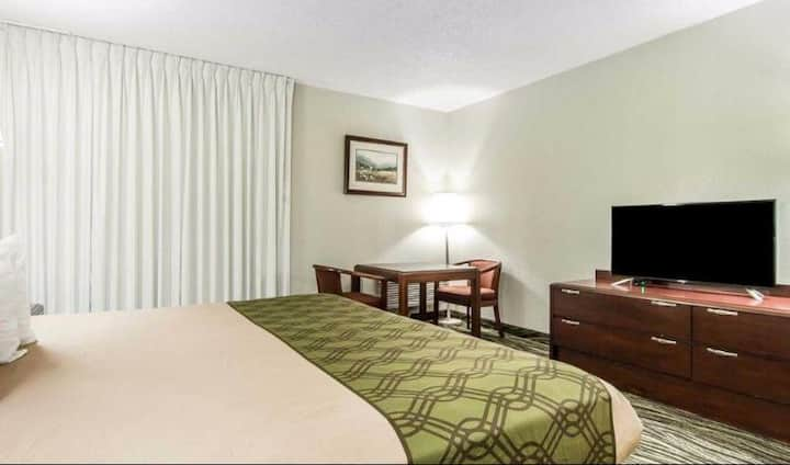 Homely Double Bed Non Smoking At Gatlinburg