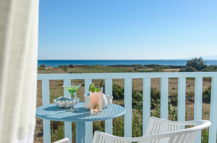 Naxos Island Escape - Plaka - B&B