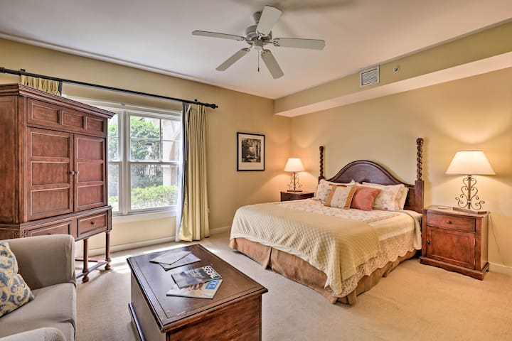 NEW! Studio w/Resort-Style Pool + 20 Mi to Beach!