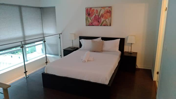 Second Floor with Own Washroom, No Cleaning Fee
