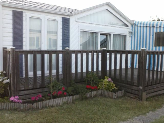 MARENNES OLERON MOBIL HOME CLIMATISE 6 PERSONNES