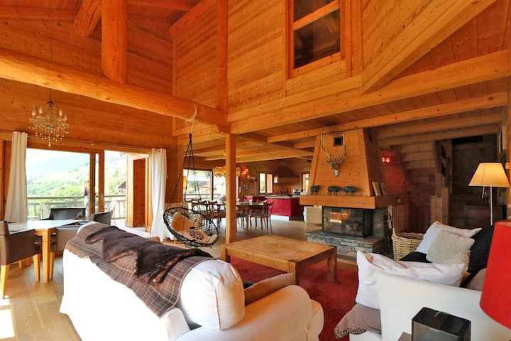 LUXURY CHALET WITH SPA