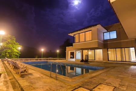 Your own Private Island Villa @Shetty Farms,Dahanu