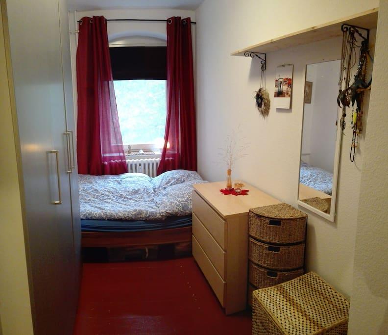 Sleeping Room with WakeUp Light.