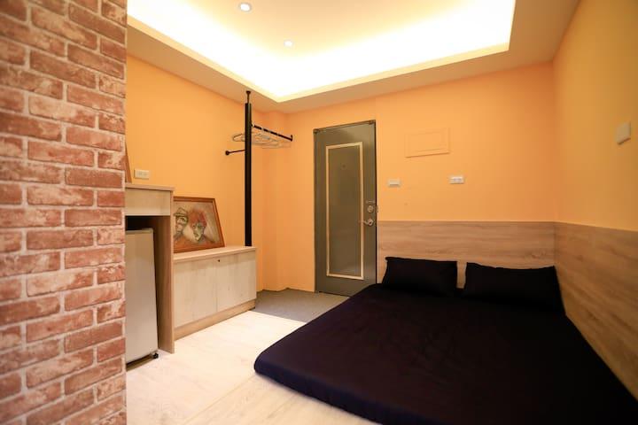 April's modern, cozy apartment