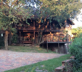 On the edge of the Kruger Park. - Komatipoort - Rumah