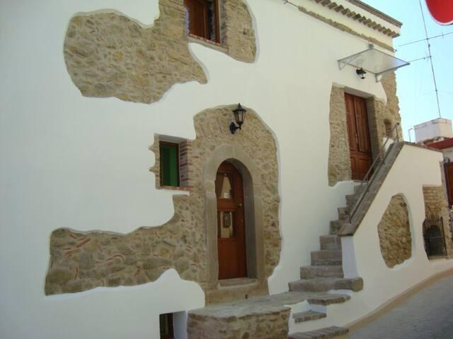 Casa MareMonte mit Meerblick, 110 qm - Rodì - House