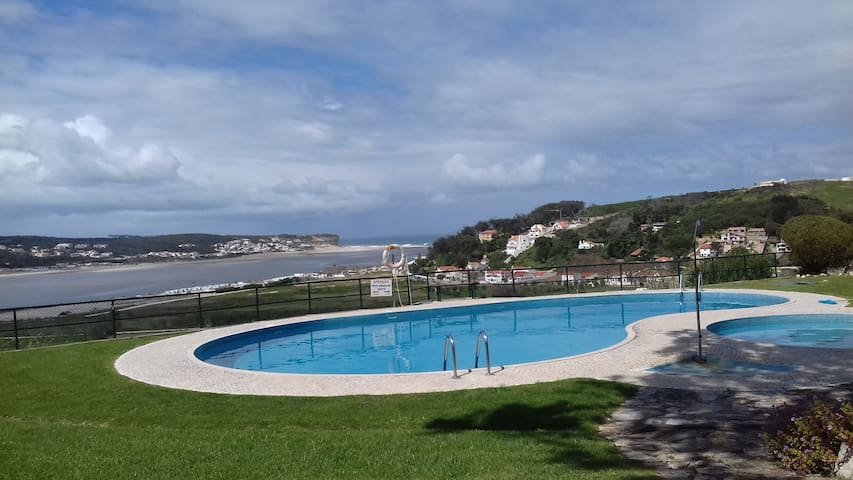 2 Bed FF Apartment on Obidos Lagoon