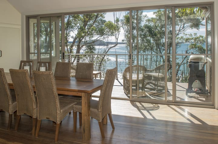 Surfers Ave Retreat Narrawallee