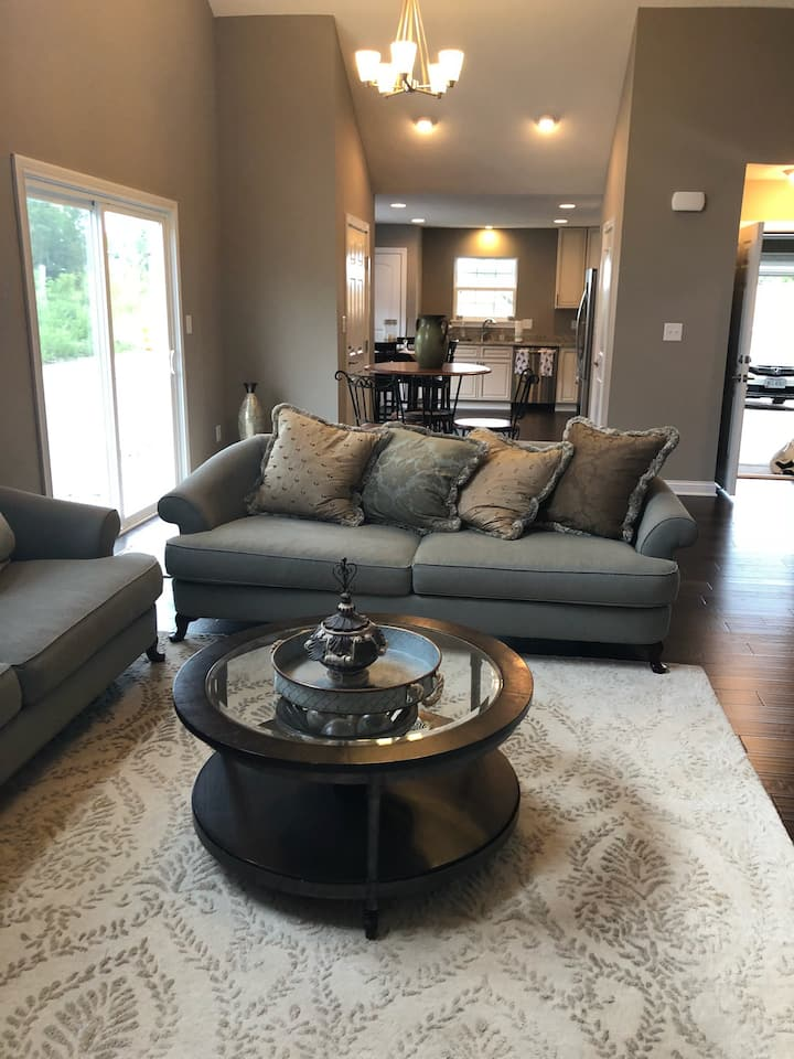 Quaint Condo in Fishers