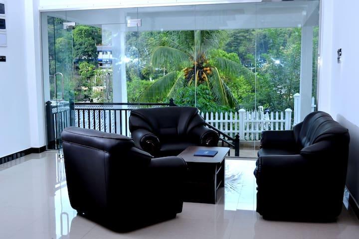 Sunrise Homestay Kandy