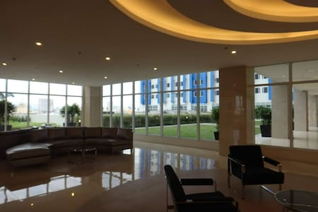 1 Bedroom Furnished Condo Near University Belt - Ciutat Quezon - Apartament