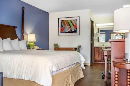 Stylish, clean, relaxing & friendly! - Sierra Vista - Boetiekhotel