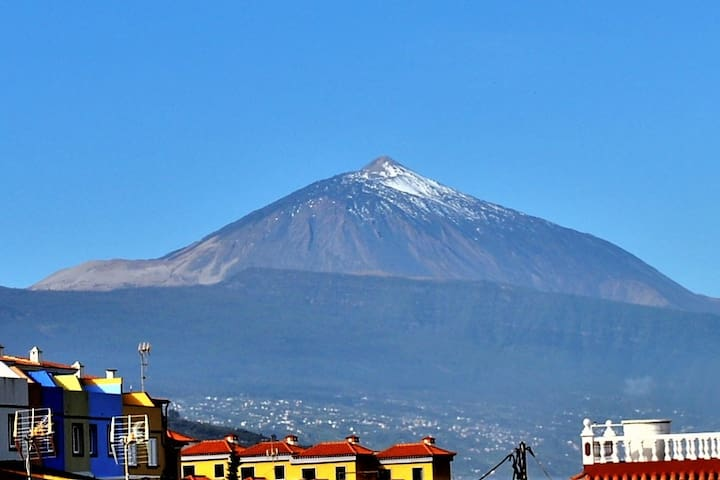 Amazing view on Ocean and volcano Teide
