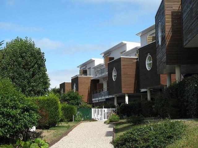 Bel appartement très reposant  à 100M de la mer - Préfailles - Apartment