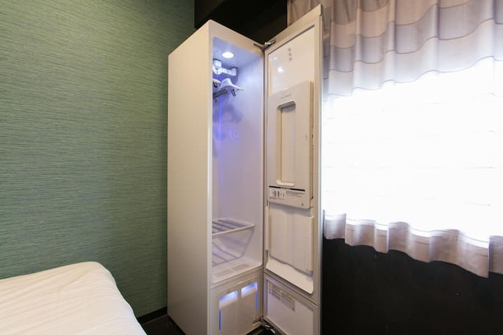 3 Star Hotel! Excellent location! Single room with free wifi ♦Non-smoking♦