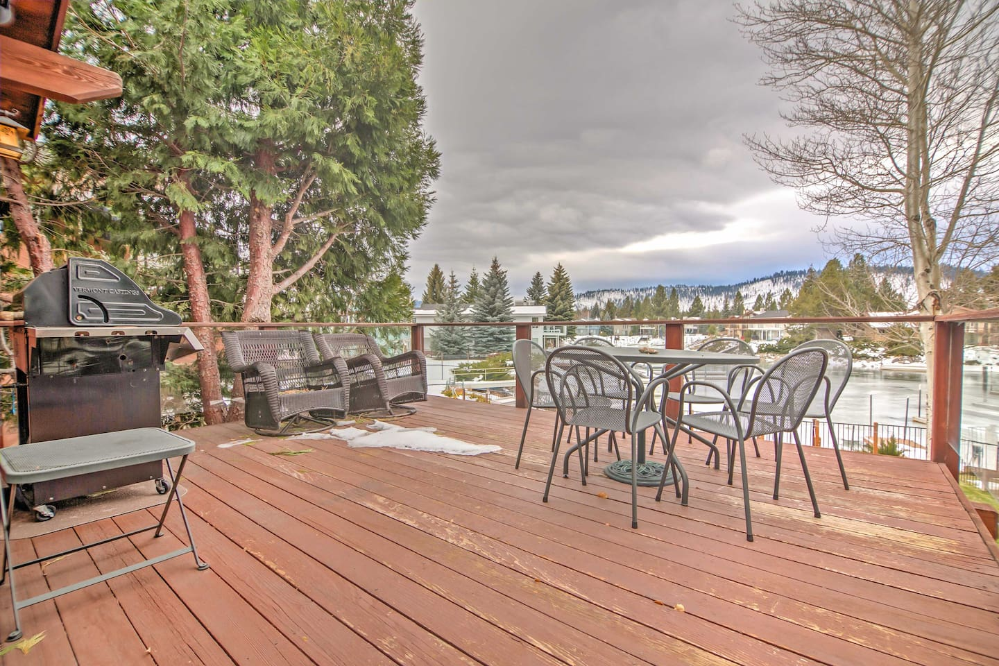 Book this 3-bedroom, 2.5-bath South Lake Tahoe vacation rental for your getaway!