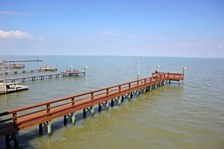 Pelican Point - Beautiful Bayfront Home Copano Bay