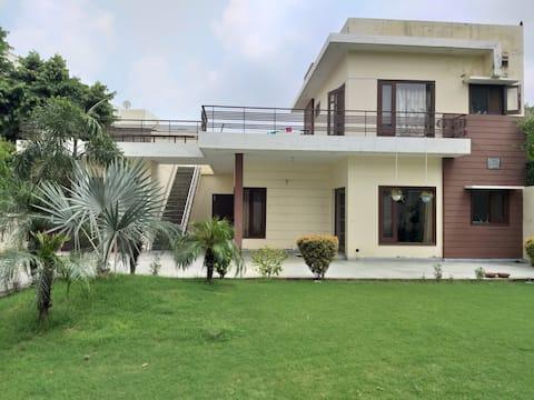 Malwa Lodge