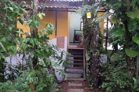 Cantinho na mata - Praia Virgem - Rio das Ostras - House
