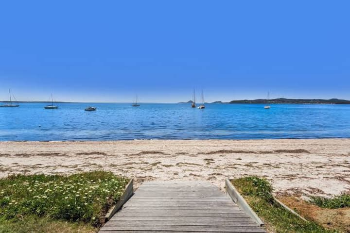 Port Stephens Hideaway - Salamander Bay
