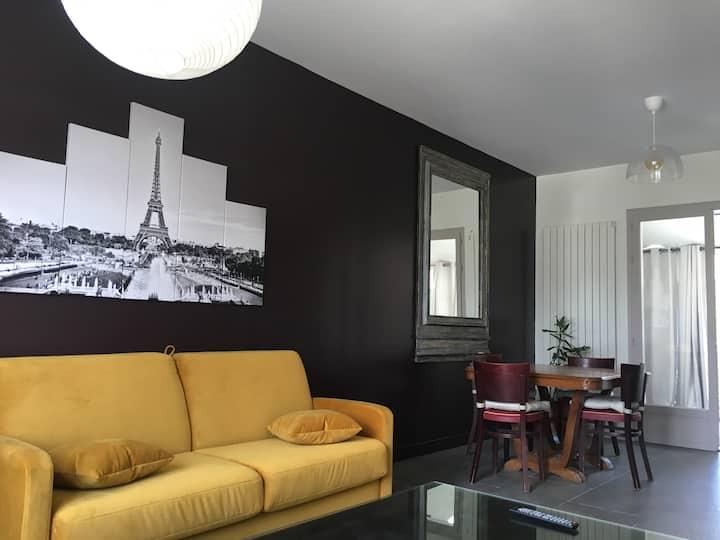 Grand Paris : Magnifique 2 pièces balcon