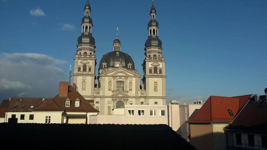 Sehr zentrales und modernes Zimmer - Würzburg - Lägenhet