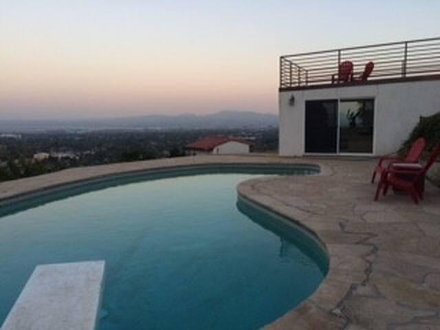 Hoschhill - San Bernardino - Villa