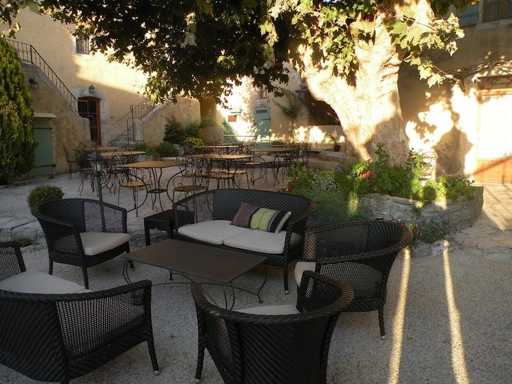 Gîte et Golf en Drôme Provençale