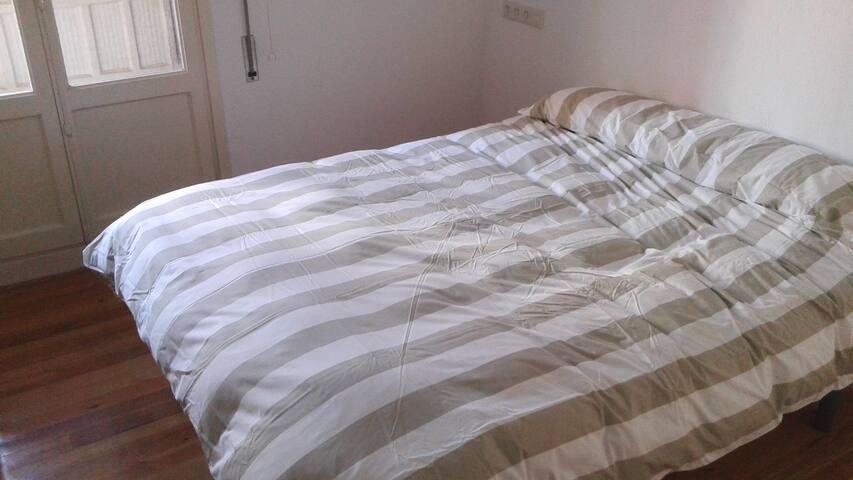 Room/chambre/habitación en Lasarte